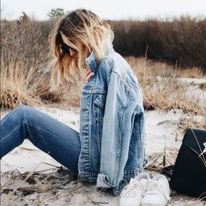 🆕 Listing! Gap fall jean jacket
