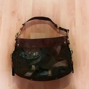 Beautiful Coach bucket handbag