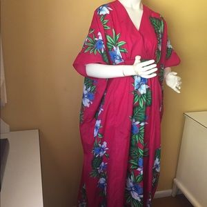 Vintage Royal Creations tropical print caftan.