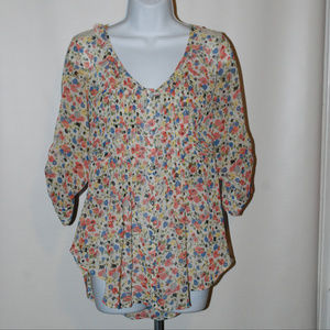 American Rag Floral top shirt Size small
