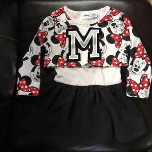 👧🏼 2T Minnie Mouse Disney Cheerleader outfit