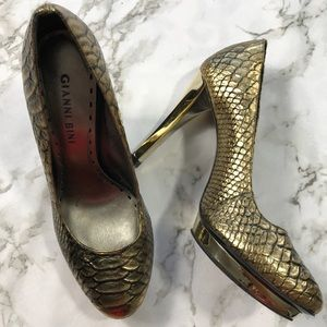 GB Gold Metallic Crocodile Print Pumps