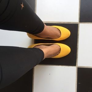 Urban Outfitters Wedge Lemon Shoes