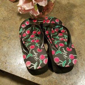 Ladies thong wedge heels size 9