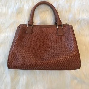 Handbags - Brown Textured Arm Bag in Excellent Condition