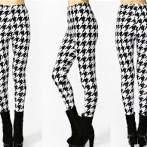 Pants - Houndstooth leggings