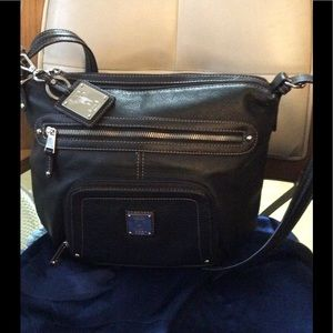 New without tags Black Tignanello Leather bag-GIFT