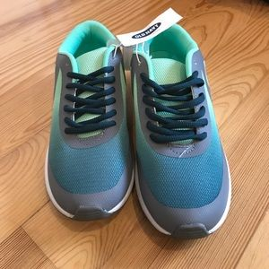 Old Navy Seafoam green light weight sneakers