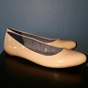 Dr Scholl's Nude Patent Flats