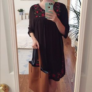 🌿✨ BLACK + RED EMBROIDERED DRESS ✨🌿