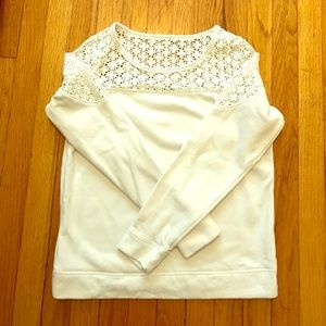 ✨Express white sweater very cute ✨