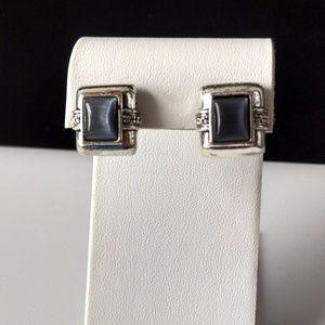 Lovely Vintage Avon Pierced Silver Tone Earrings