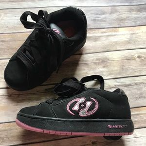 Girls Pink and Black Heelys with Holographic logo