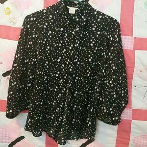 Star top W/cute sleeves