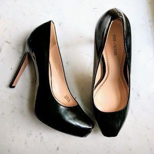 Pour La Victoire Gilliana Platform Heels Shoes