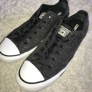 Converse Shoes Size 9 Black