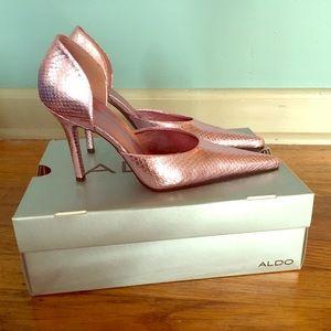 Aldo pointed toe pumps