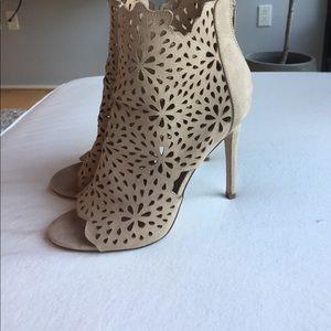 Nude Lattice Heels. Aldo. Size 8
