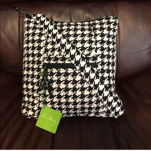 NWT Vera Bradley hipster in midnight houndstooth