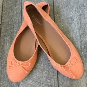 Old Navy Peach Ballet Flats