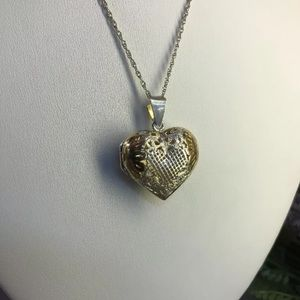 Jewelry - Vintage Sterling Silver Locket Necklace