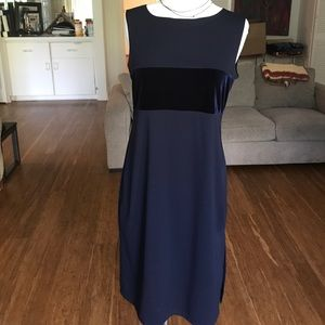 ABSOLUTELY STUNNING NAVY VELVET AND CREPEY DRESS