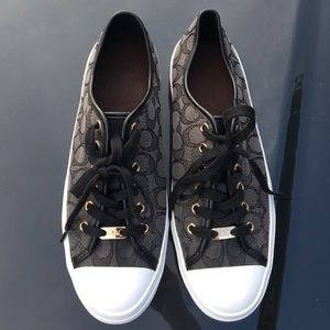 Gently used size 11 Coach Signature Sneakers!!