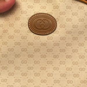 White vintage Gucci side bag