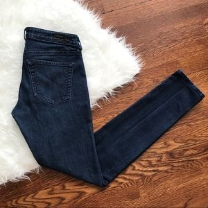 AG The Jegging Super Skinny Fit Jean