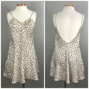 Vintage 90's Floral Open Back Skater Nightgown