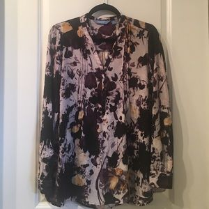 Flowy floral long sleeved top by simply Vera wang