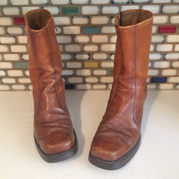 ceb00a80d4a 70s Leather Ankle Boots Chunky Heels 9.5. M 59c19aa04e8d172b0602aa25. Other  Shoes you may like. Vintage Boots