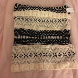 NWT Gap knit scarf