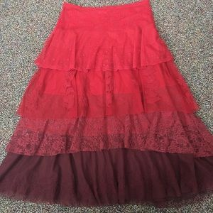 Anthropologie ombré ruby red skirt size 8.