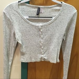 H&M Divided speckled grey crop top with buttons