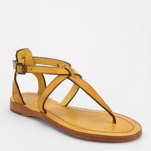 FRYE Rachel T Flat Thong Leather Sandals Yellow