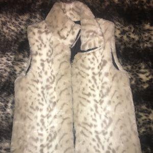 Cream cheetah vest