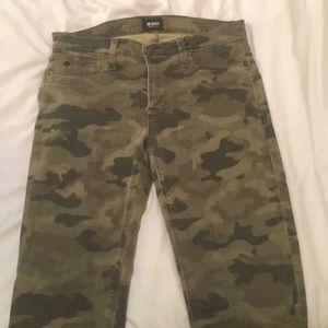 Hudson Camo Skinny Jeans Sz 28