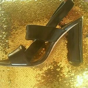Vince Camuto patent leather chunky heels