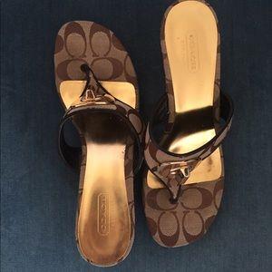 Coach heeled flip flops size 6 1/2