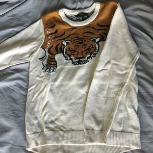 🐯 Forever 21 tiger sweater 🐯