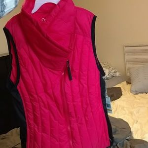 NWT Calvin Klein Performance Red Vest