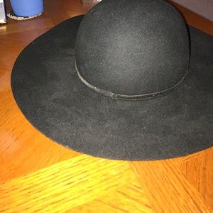 Urban outfitters black floppy hat