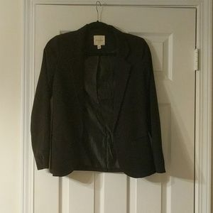 NWOT Silence and Noise fitted black blazer