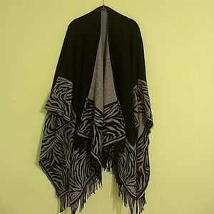 Black and White Pancho