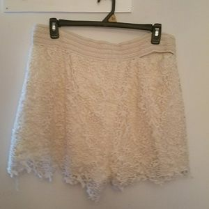 Pants - 3X cream lace shorts
