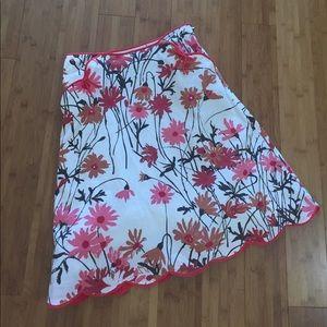 Elevenses floral daisy print skirt scalloped hem
