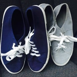 2 pair of Old Navy shoes