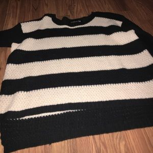 Forever 21 high low sweater