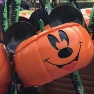 Mickey Halloween pumpkin popcorn bucket